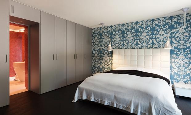 Slaapkamer Lage Kasten : Slaapkamer met ikea besta kasten onder schuine wand slaapkamer